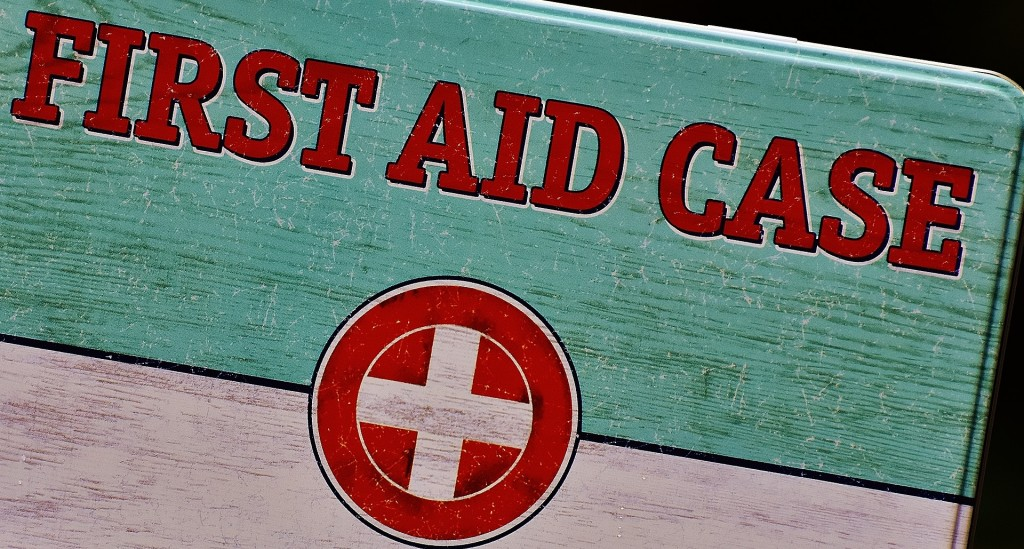 first-aid-1732520_1920